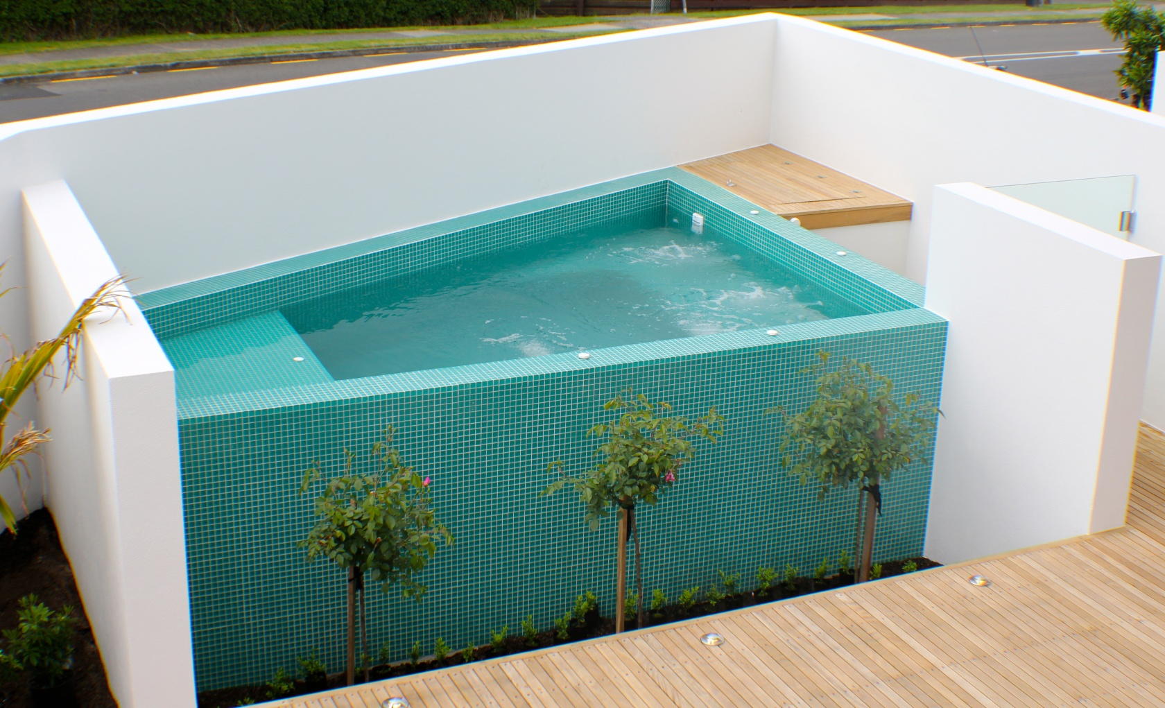 Home furthermore Tay Street Spa besides Glenmore Park Skatepark further 16495892 as well Food. on outdoor pool